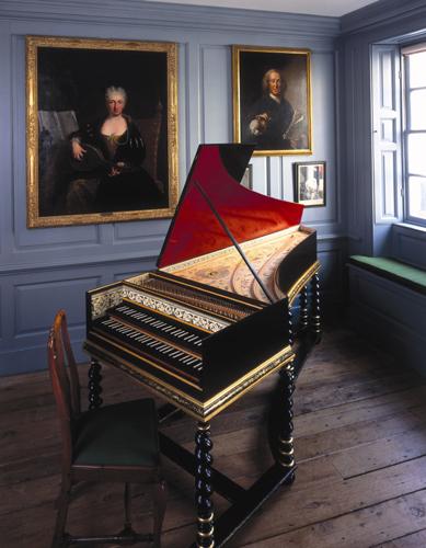 Harpsichord - Matthew Hollow