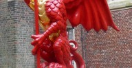 Hampton Court Palace - Red Dragon
