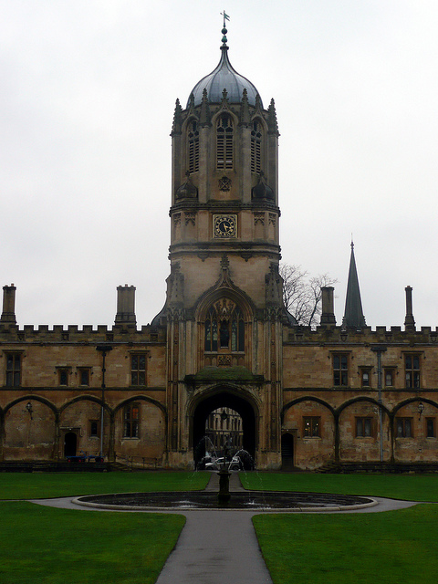 Patrick Baty was commissioned to carry out the paint analysis of a number of areas in Peckwater Quad in Oxford's Christ Church