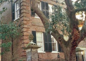 Patrick Baty worked with Susan Buck on the Simmons-Edwards House at 14 Legare Street in Charleston, South Carolina
