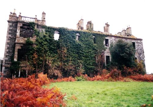 Barnbarroch Ruins - copyright Andrew McDowall