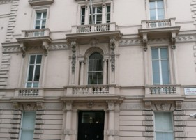 18 St James&#039;s Square - Main Facade