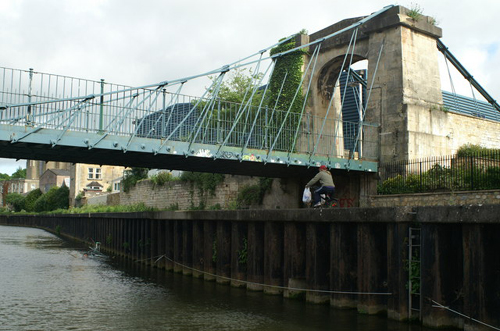 Victoria Suspension Bridge, River Avon, Bath - Pierre Terre