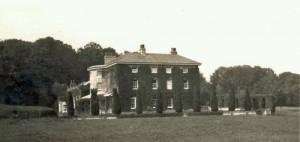 Fosbury Manor