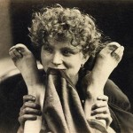 Reijlander. Woman Holding a Pair of Feet