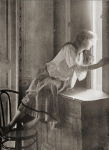 Miss Curiosity - Polish 1908
