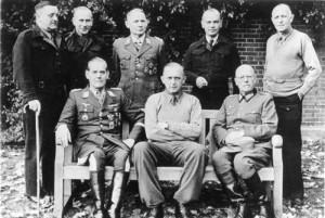 Bundesarchiv_Bild_146-2005-0136,_Trent_Park_Camp,_deutsche_Offiziere sml